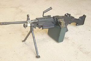 M249機関銃