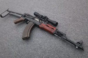 スコープ搭載AK47