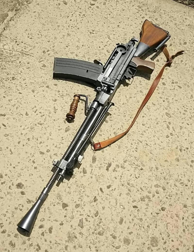 九九式軽機関銃