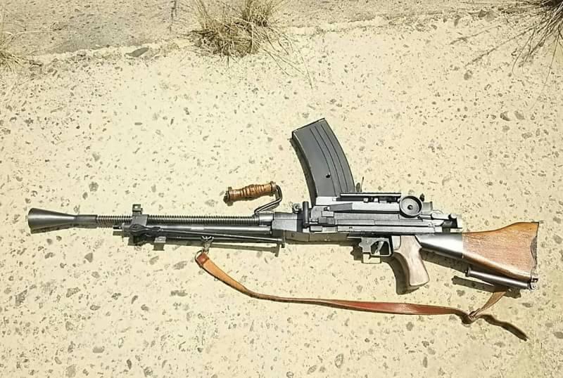 九九式軽機関銃1