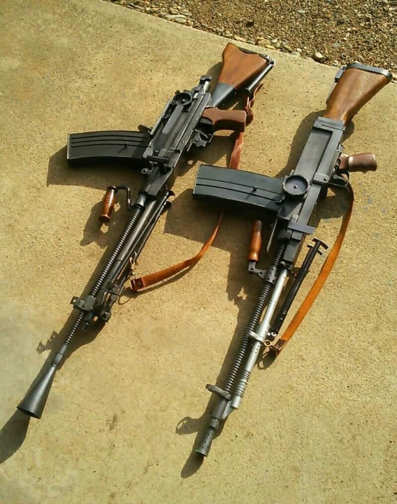 弾倉式機関銃